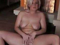 Horny amateur milf fingering her cunt and Cumming