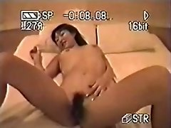 amateur asian Girl And Her BF Have Sex In A Hotel