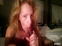 Wifewatcher enjoys to film his fiance giving blowjob