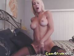 blondy loves to fuck her toy