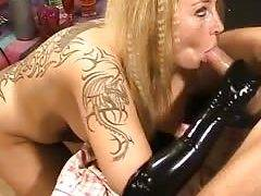 I get jizz on face on webcam in my sex tape couples video