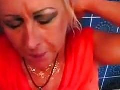 This old women fucking harlot knows how to give a great dick sucking